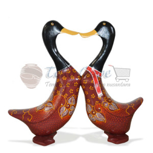 PATUNG BEBEK BATIK LOVE SET OF 2